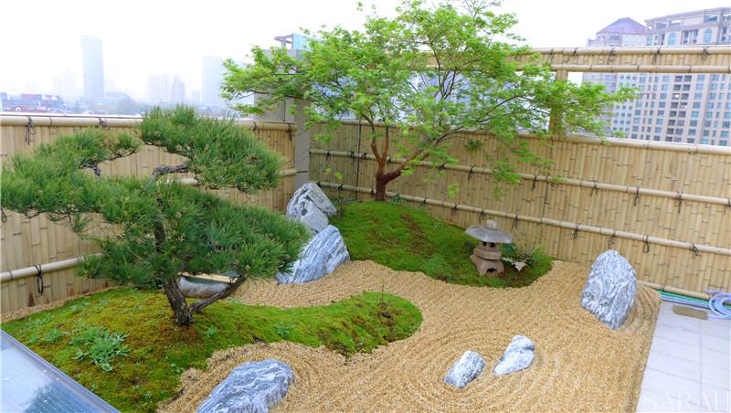 闹市定点的一汪清泉(翠湖嘉苑屋顶花园设计)